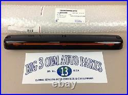 Chevrolet Silverado GMC Sierra 2500 3500 Center LED Roof Marker Cab Light new OE